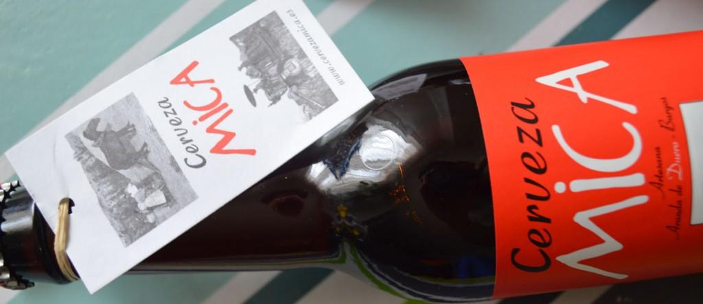 Botella y etiqueta cerveza Mica