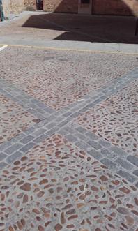 Plaza de la Trinidad, empedrado