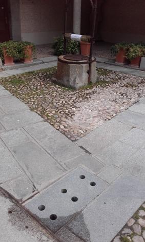 Geo-Titirimundi, Patio de Abraham Senior 1